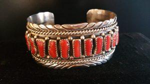 bracelet-cuff-silver-coral