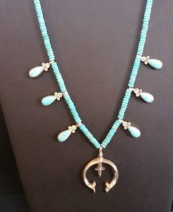 necklace-blue-teardrop-silver-pendant2
